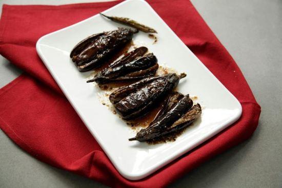 Mallika Basu - Khatta Meetha Baingan, Sweet and sour aubergine